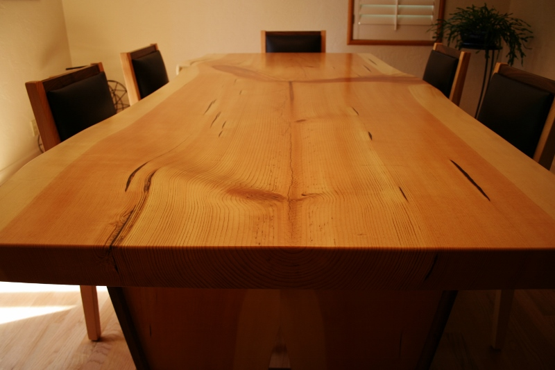 PineTable 044 (800x533)